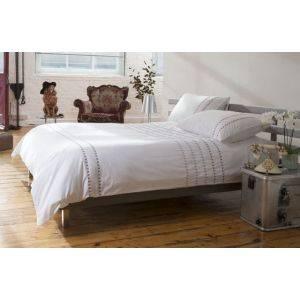 Laurence Bay Bedding Set