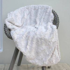 Supersoft Oyster Throw
