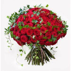 Luxury Red Rose Bouquet with Ivy