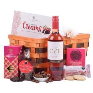 Rose Gift Basket Hamper